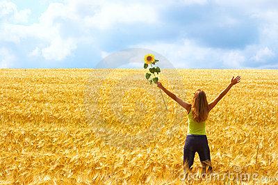 happy-woman-freedom-1001116(1)